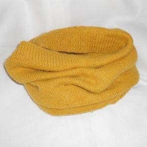 h&M Mustard yellow wool cowl style scarf